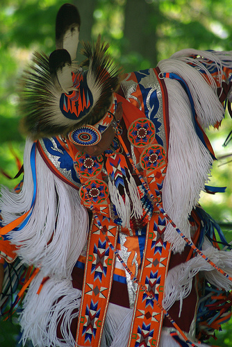 Native American Dancer. Image by Paco Lyptic, some rights reserved. Wikimedia Commons.