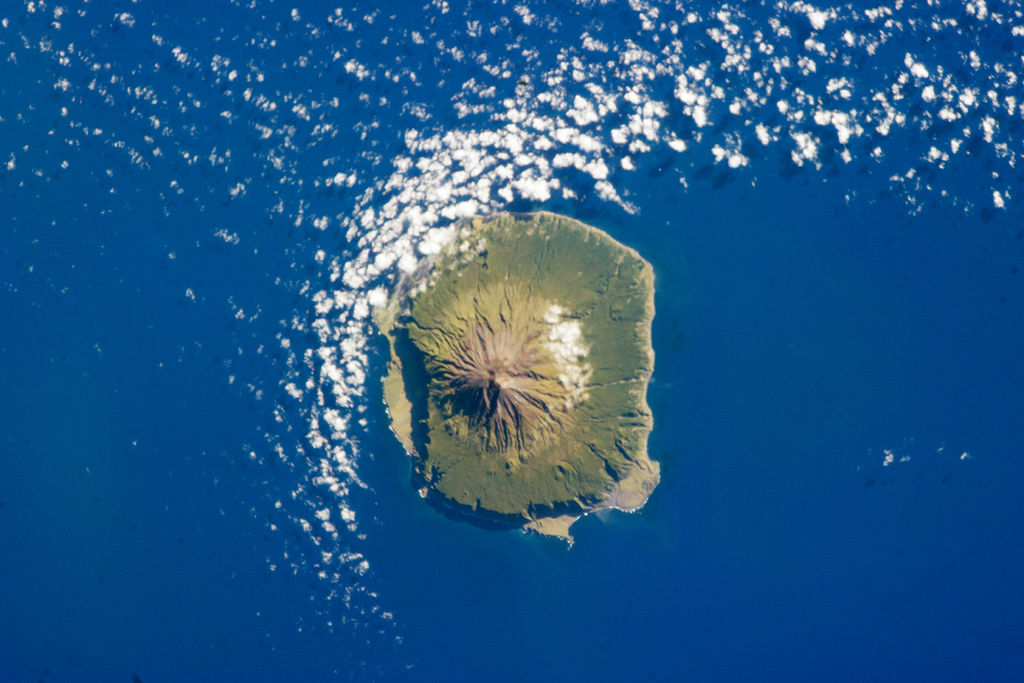 Easy or complicated genealogy for this remote island?