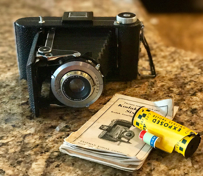 camera and old film genealogical sources
