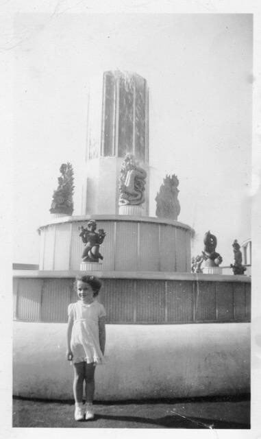 Fountain of the Atom 1939 World's Fair New York History